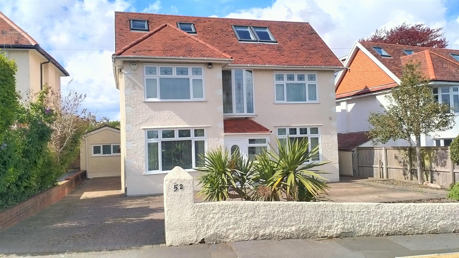 West Cross Lane, West Cross, Swansea, SA3 5LS